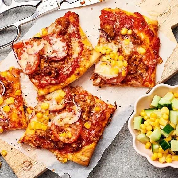 Tacopizza med kycklingfärs och majs