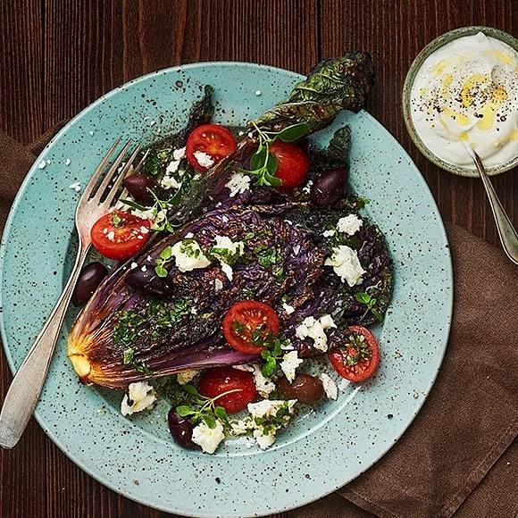 Grillad sallarossa med tomat- och fetasallad