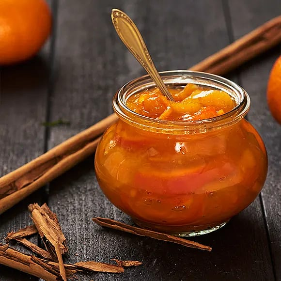 Clementin- och aprikosmarmelad med kanel
