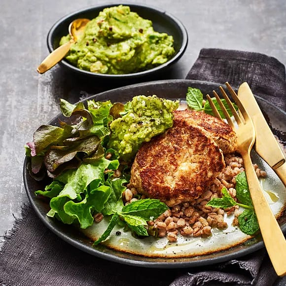 Feta- och mandelbiffar med guacamole