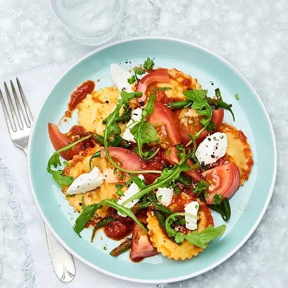 Girasole med ricotta och tomat- och ruccolasallad