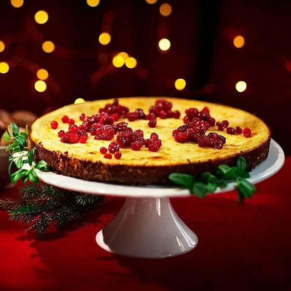 Pepparkakscheesecake med ingefärslingon
