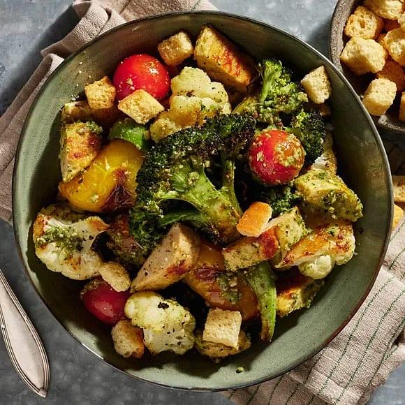 Quorn med rostade grönsaker och solrospesto