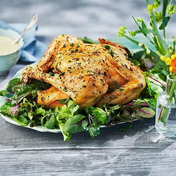 Hel kyckling i ugn med citron och timjan