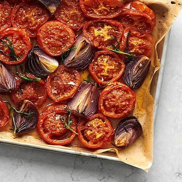 Tomatsallad med rostade tomater