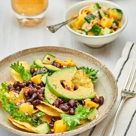 Bönröra med nachos och mangosalsa