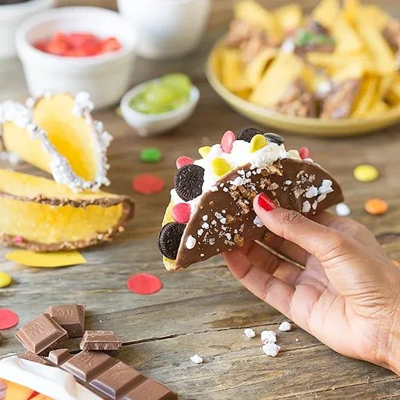 Chokladdoppade tacoskal