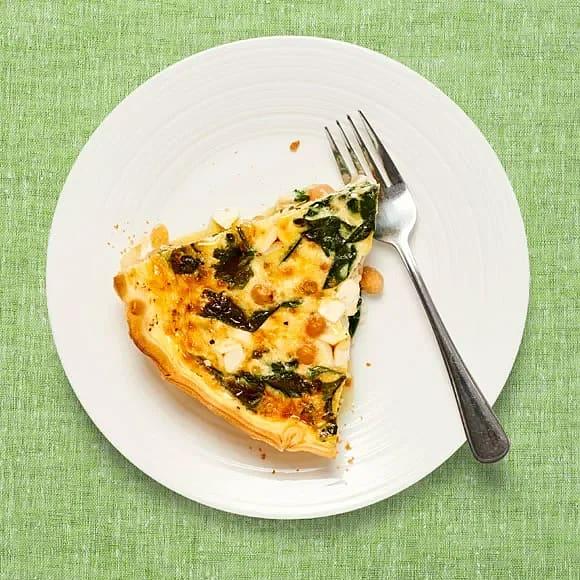 Spenat- och ostpaj med kikärter