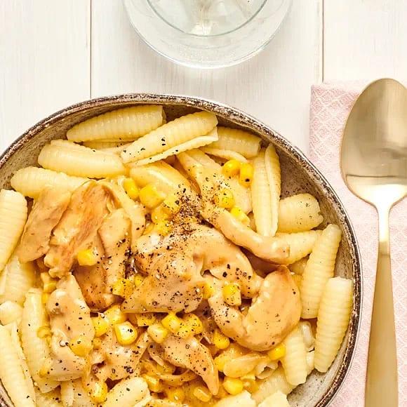 Krämig kycklingpasta med curry
