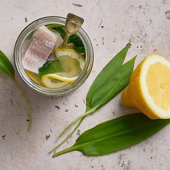 Sill med ramslök och citron