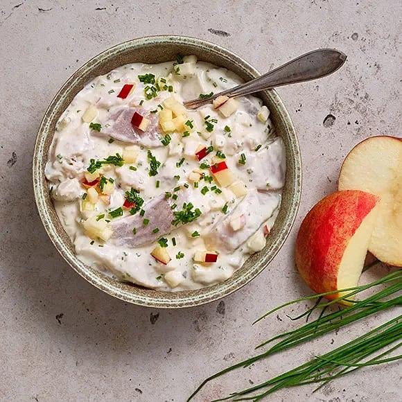 Krämig sill med äpple, pepparrot och gräslök