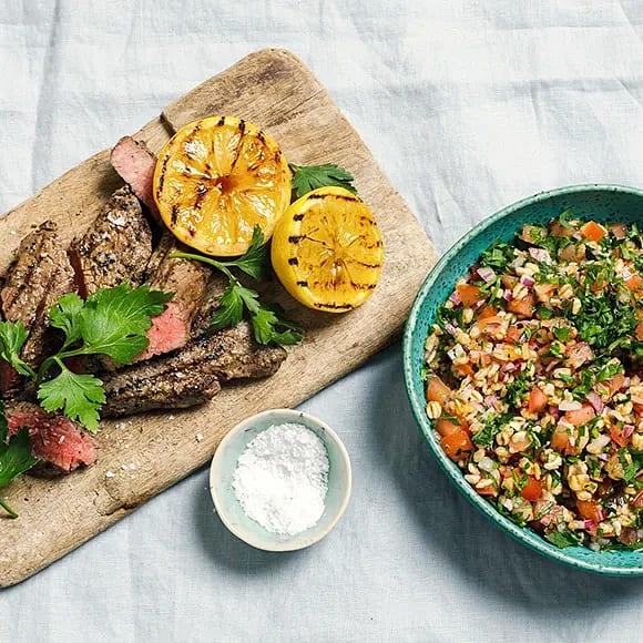 Tri tip steak med matvetetabbouleh