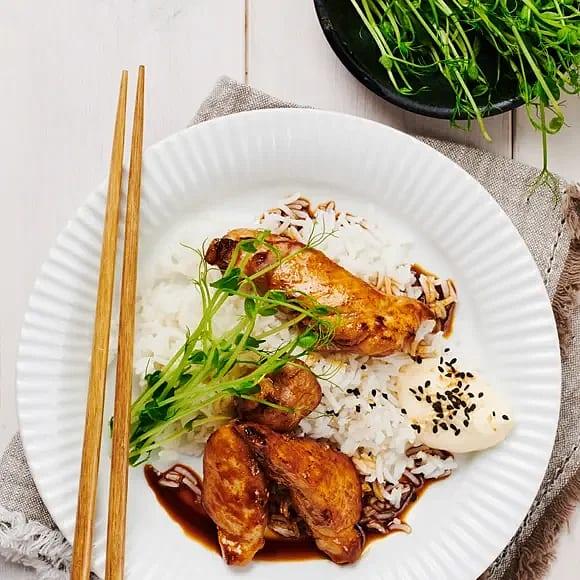 Sojastekt kyckling med sesammajonnäs