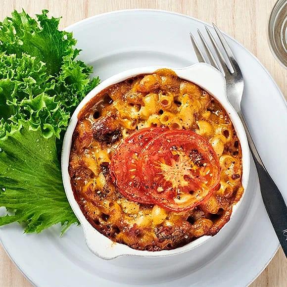 Mac'n cheese med svamp och tomat