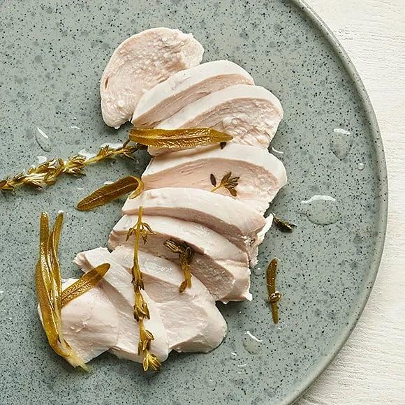 Pocherad kyckling med örter