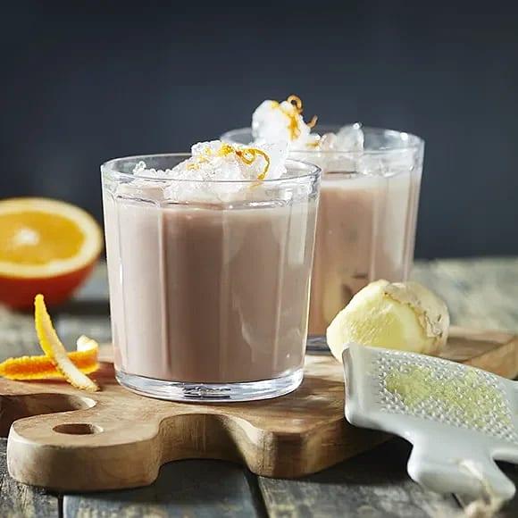Laktosfri chokladmjölk med ingefära och apelsin