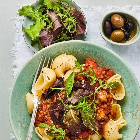 Linsbolognese med oliver och timjan