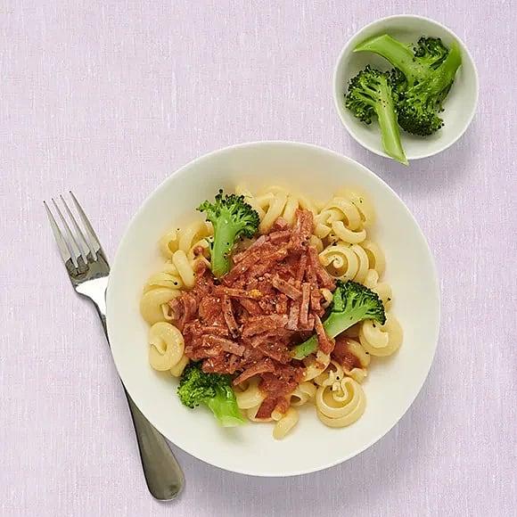 Skink- och broccolipasta