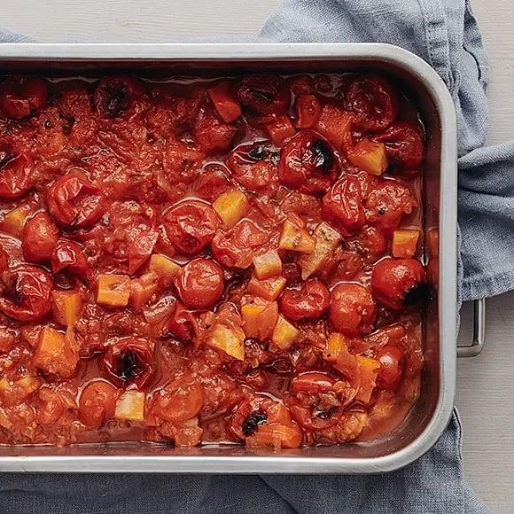 Rostade rotfrukter och tomat