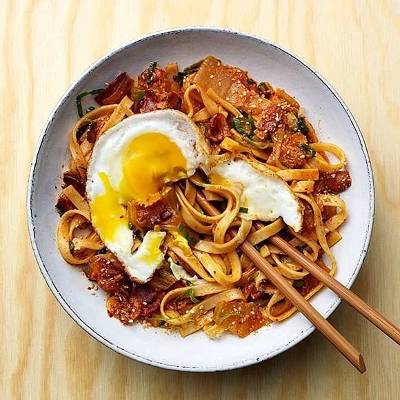 Udonnudlar med kimchi