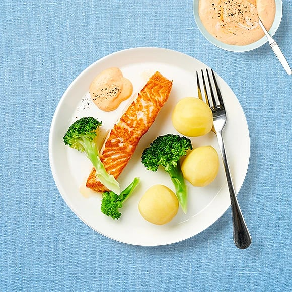 Stekt lax med broccoli