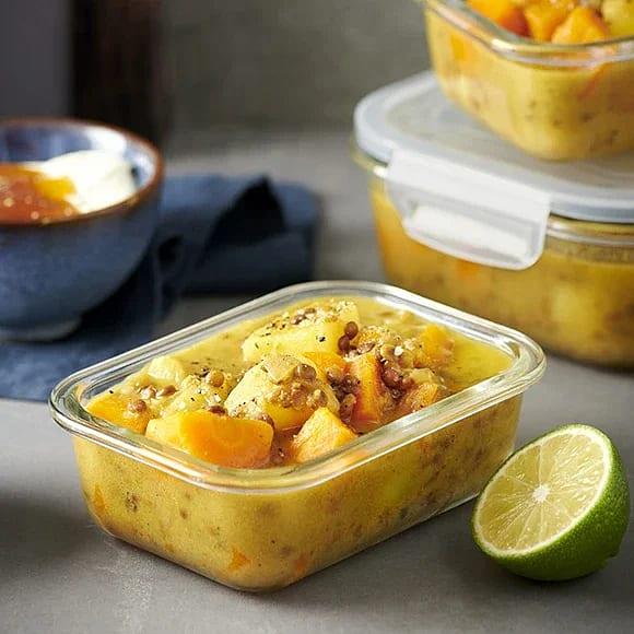 Massaman curry med morot, potatis och lök