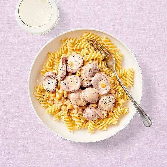 Snabb pasta med korvsås