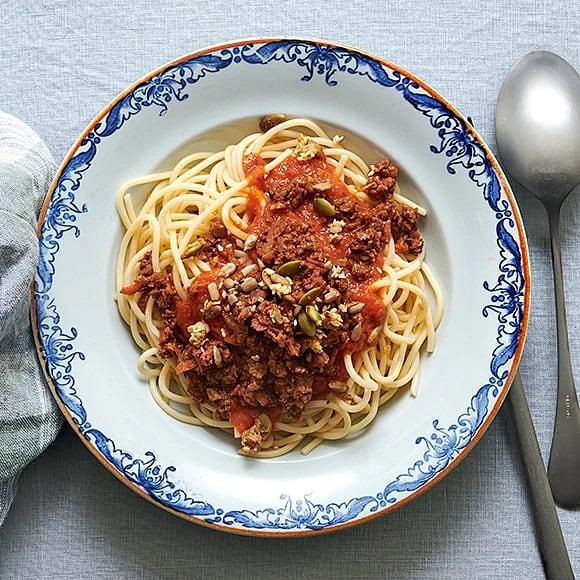 Spaghetti med tomatsås och vegofräs