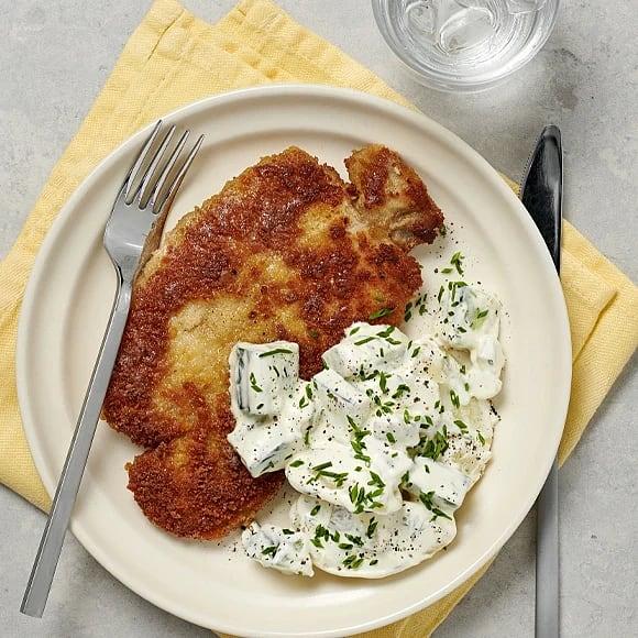 Schnitzel med krämig potatissallad