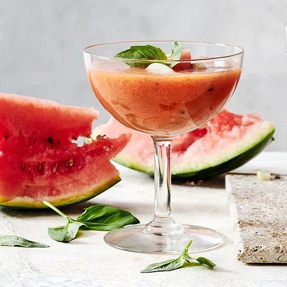 Kall melonsoppa med tomat