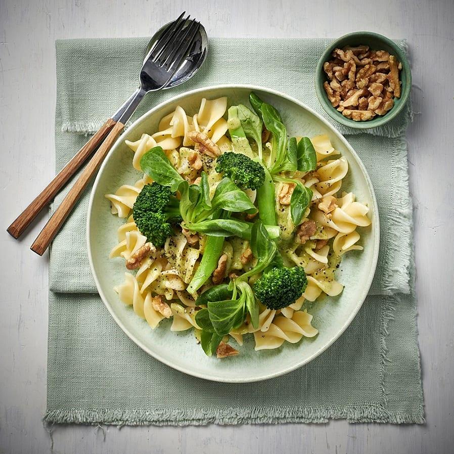 Pasta med citron- och broccolisås