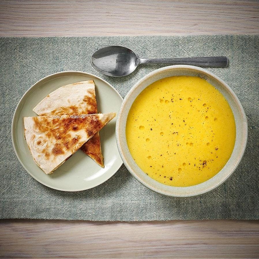 Majssoppa med quesadillas