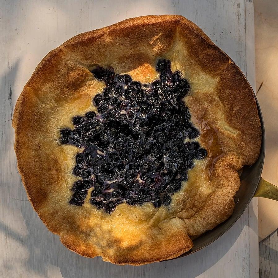 Dutch baby – ugnspannkaka med blåbär