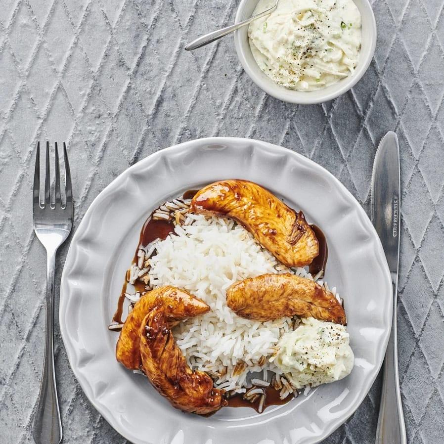 Sojastekt kyckling med kålrabbislaw