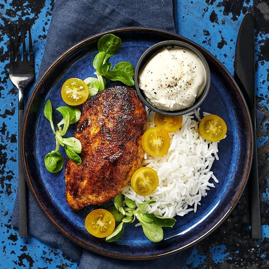 Tandooristekt kyckling med vitlökssmetana