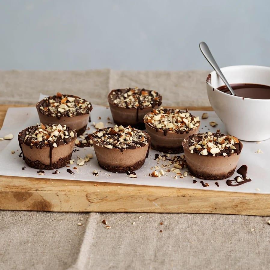 Veganska mini-cheesecakes med choklad