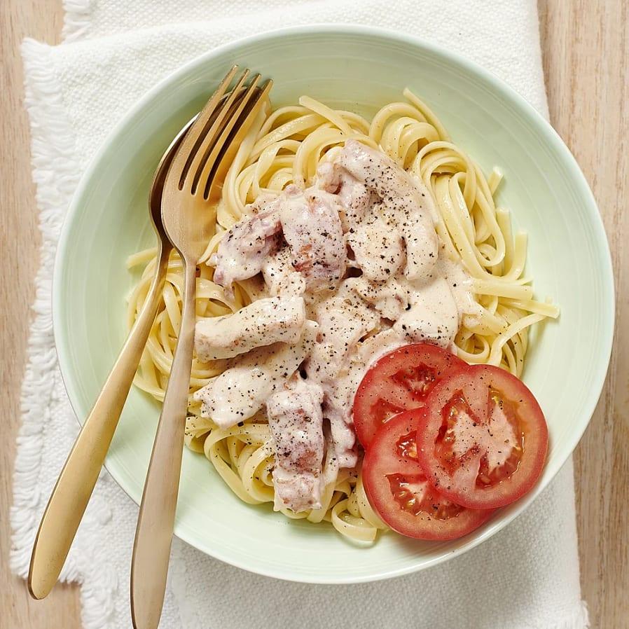 Kyckling carbonara med tomater