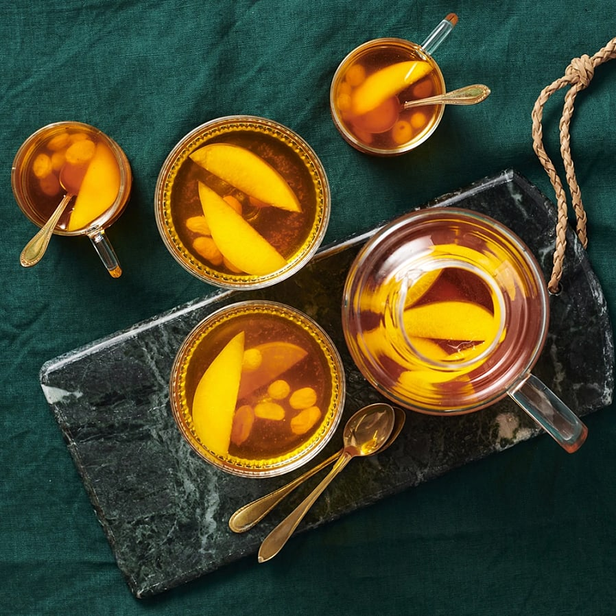 Varm äppelmust med saffran