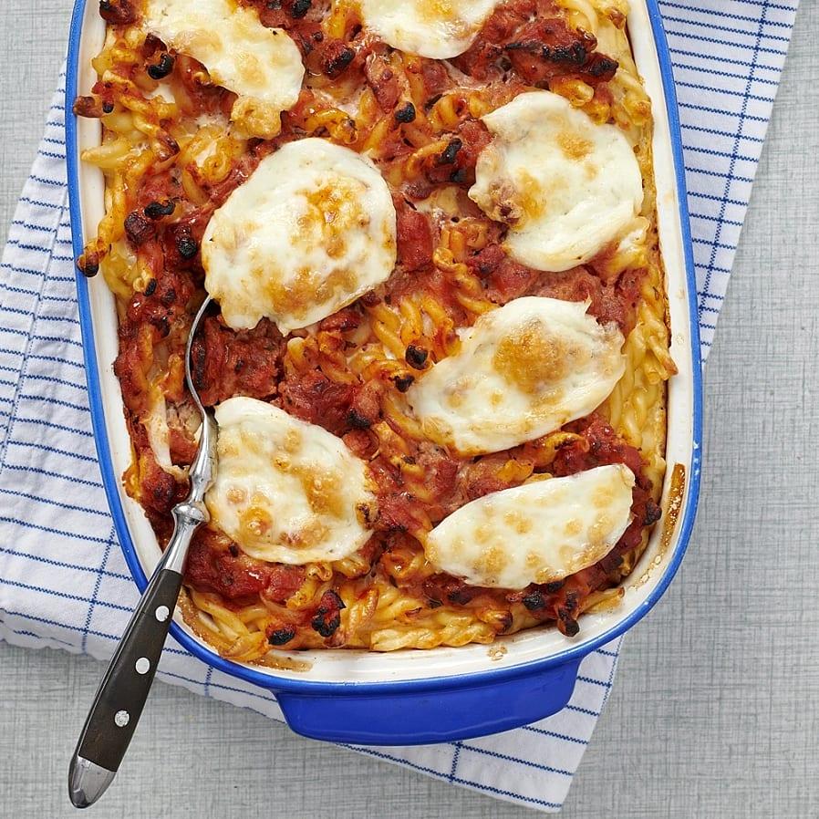 Pastagratäng med pancetta och mozzarella