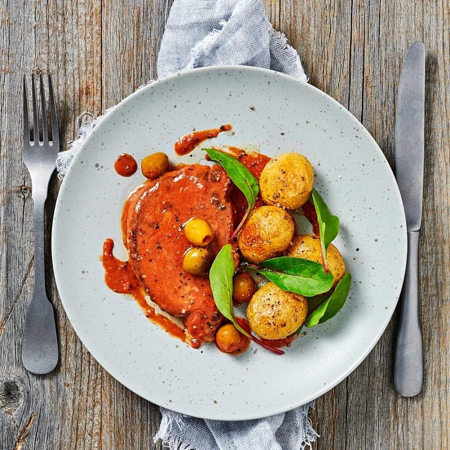Kotlett i tomat- och olivsås