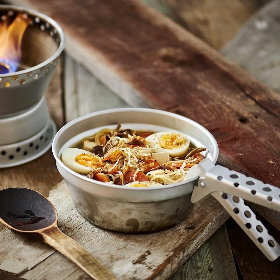 Ramen med svamp, morötter och tofu