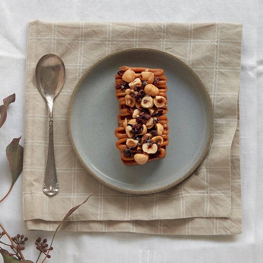 Semifreddo med choklad, dulce de leche och hasselnötter