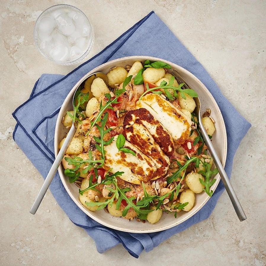 Gnocchi i tomatsås med stekt halloumi