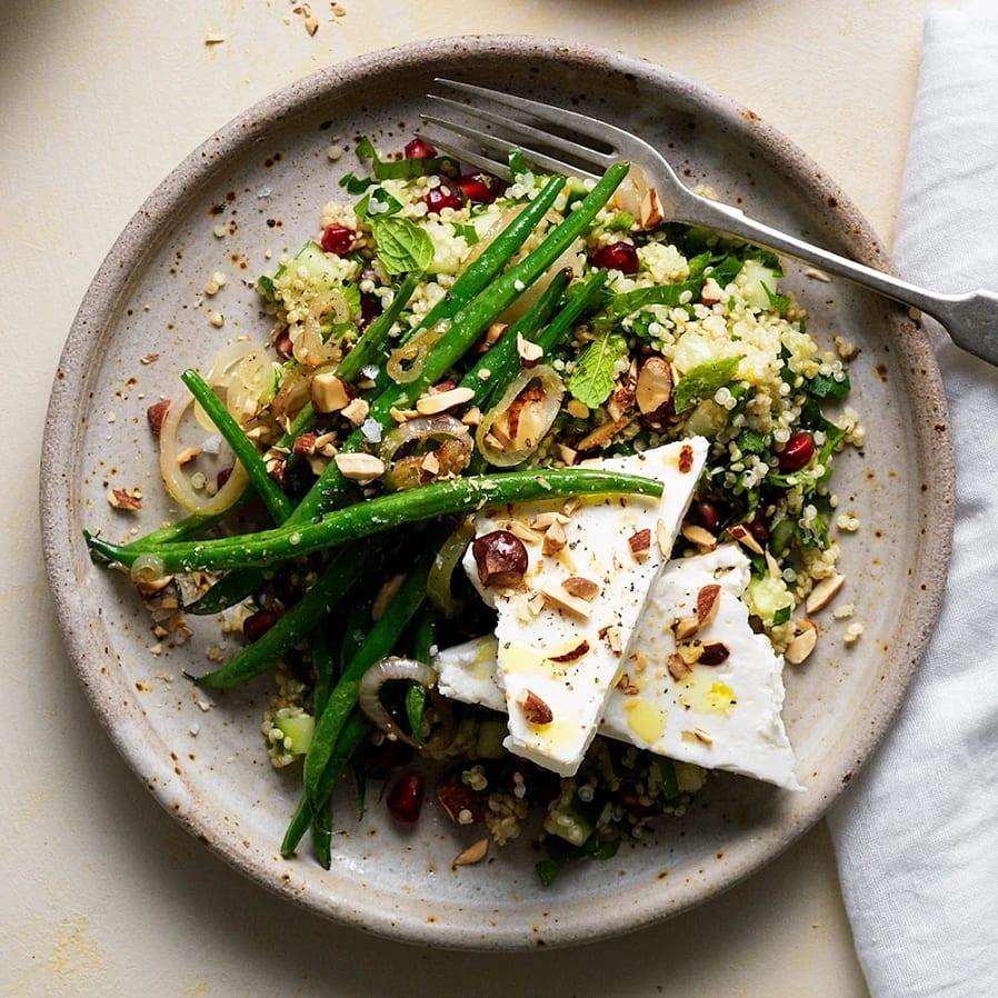 Quinoa tabbouleh med granatäpple och fetaost