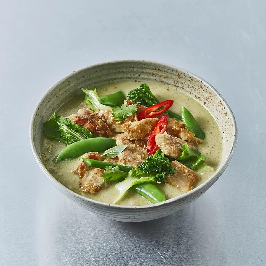 Vegansk thaigryta med kokosmjölk och grön curry