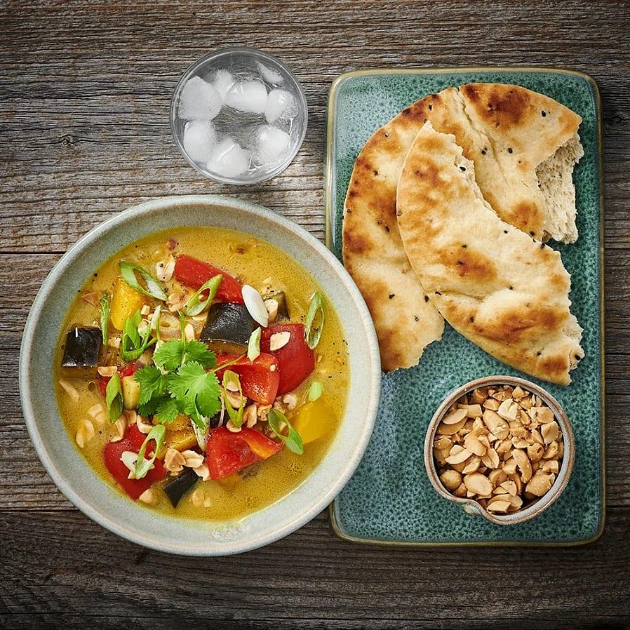 Pumpagryta med curry och aubergine
