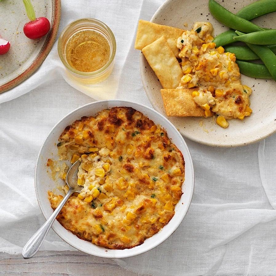 Varm cheddardip med majs och jalapeño