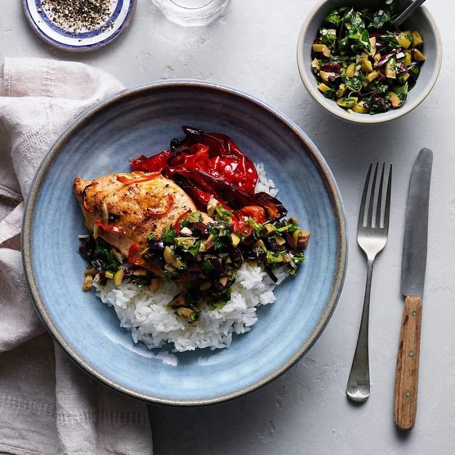 Kycklingfilé i ugn med ris och rostad paprika