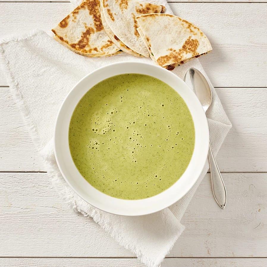 Broccolisoppa med quesadillas