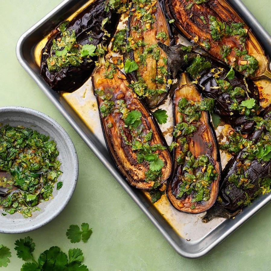 Ugnsbakad aubergine med chermoula